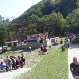 gallery-fun-tetevenski-balkan-37